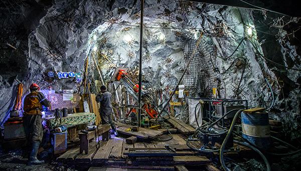 mining-underground